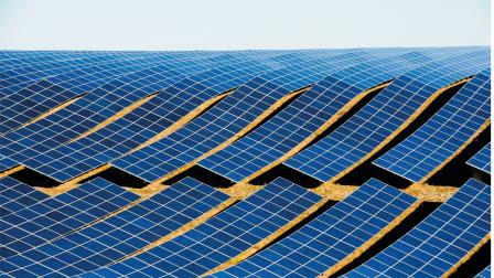 Íme a svájci úszó napelemfarm