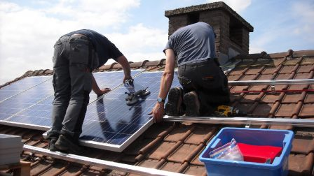 solar-panels-943999_1400