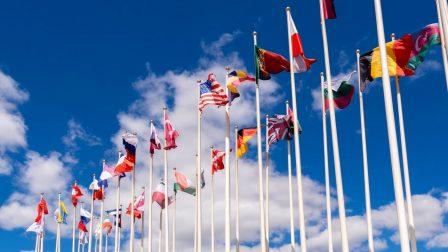 klímacsúcs_zászlók