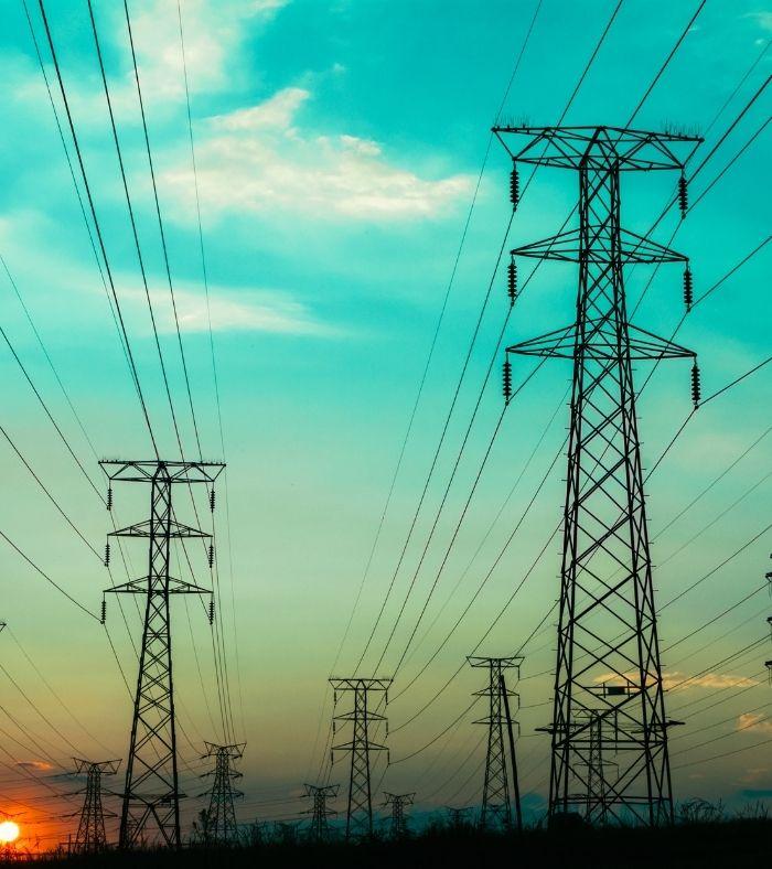Dől a pénz a tiszta energiába, de ennél is többre lenne szükség