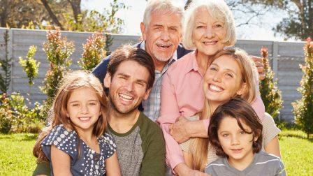 több generáció