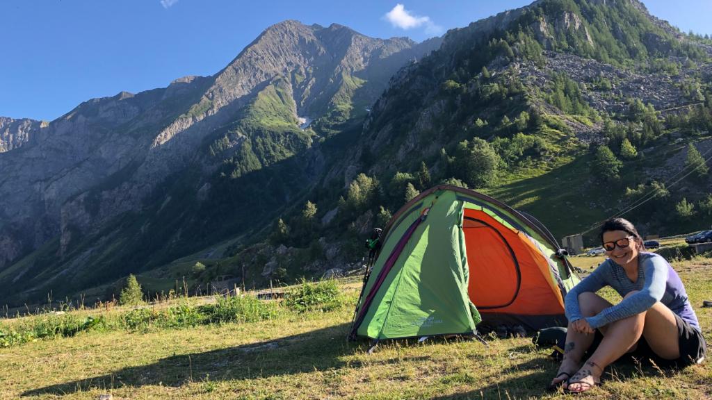 nő sátor hegység