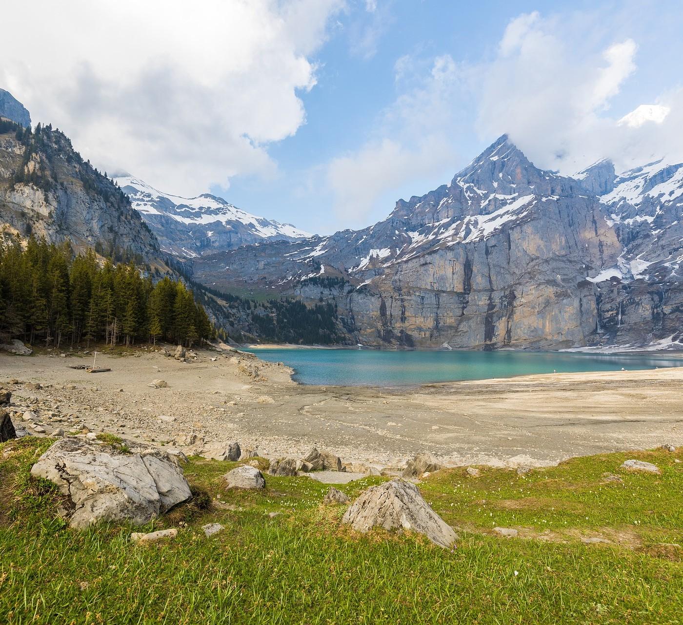 Újabb bizonyíték a klímaváltozásra: 10 év alatt 180 új gleccsertó keletkezett a svájci Alpokban