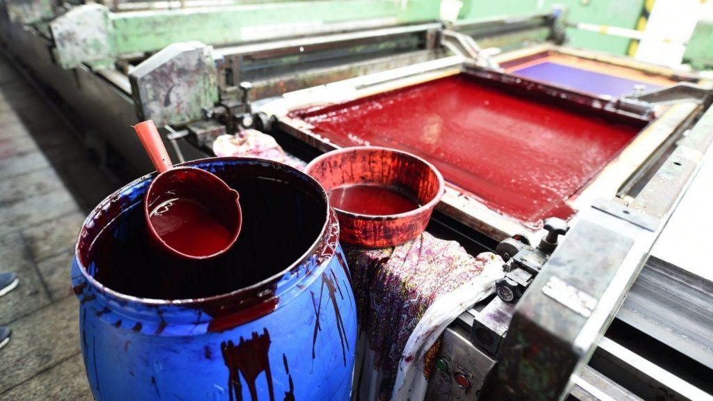 ruha festés mérgező ruhák  textil