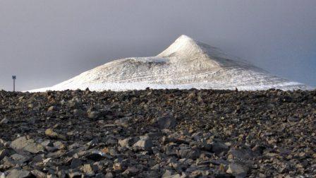 Kebnekaise_peak_glacier