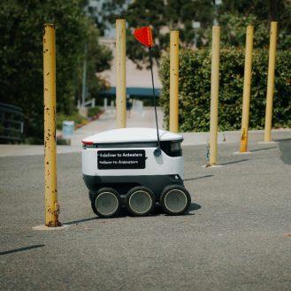 szállító robot