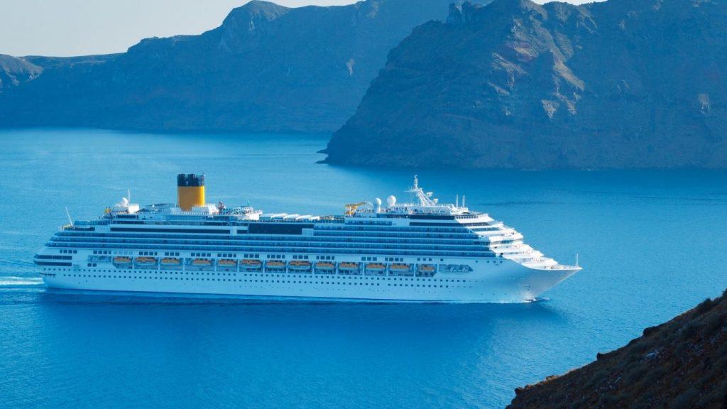 tengerjáró luxushajó