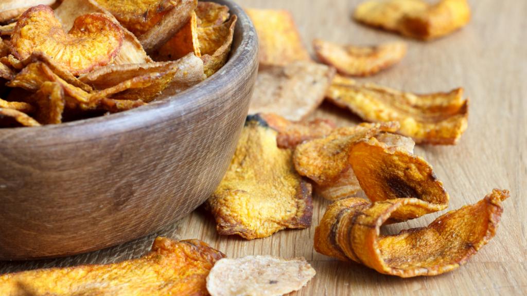 pasztinák chips fa edény