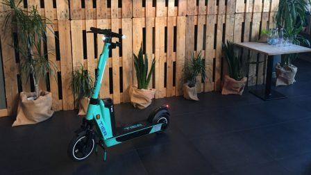 Új e-roller Budapest utcáin