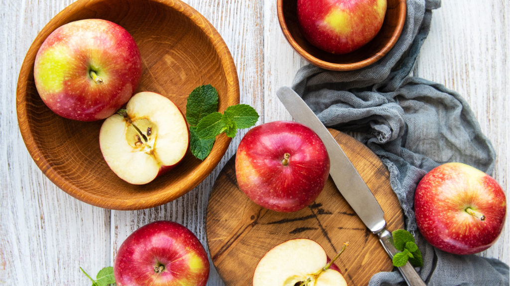 almák tál kés asztal kendő