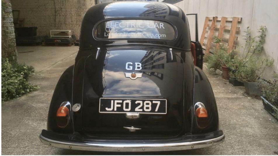 autó788